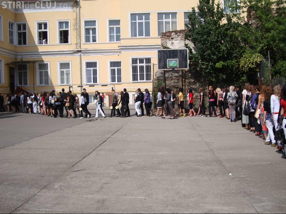 Liceele de tradiție din centrul Clujului, revendicate pe bandă rulantă. Liceul Barițiu riscă să piardă curtea