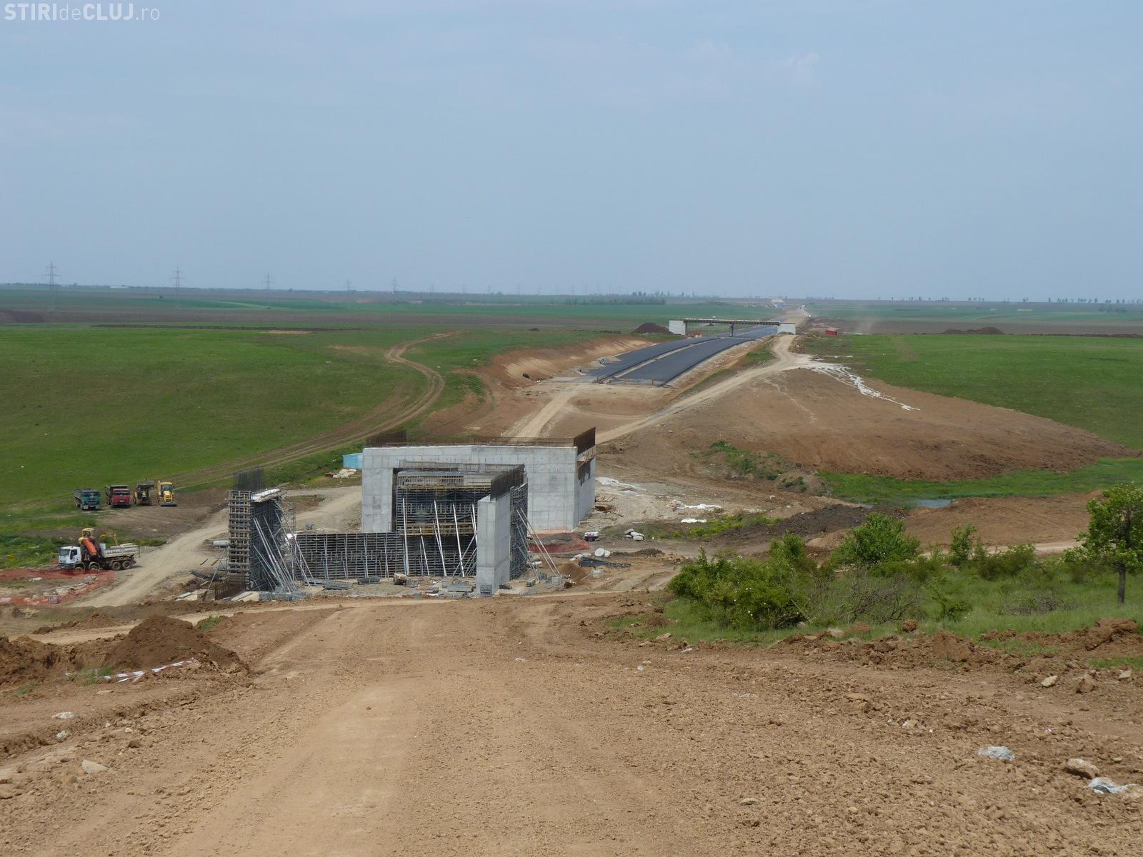 Autostrada Deva - Orăştie filmată de la înălțime! Totul ar trebui terminat până în decembrie 2013 - VIDEO