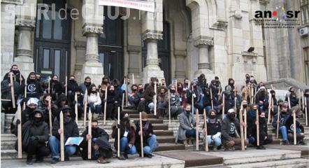 """Studenții, nemulțumiți de Guvern: """"Promisiunile făcute nouă rămân în aer"""""""