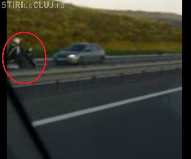 Ardelenii merg cu motocicleta pe contrasens pe Autostrada Transilvania - VIDEO