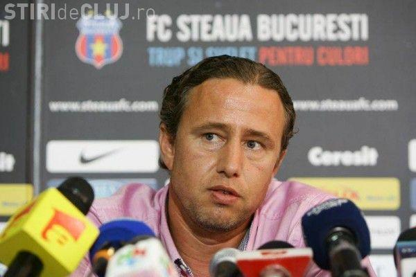 Reghecampf dat de gol de cel mai apropiat colaborator de la Steaua