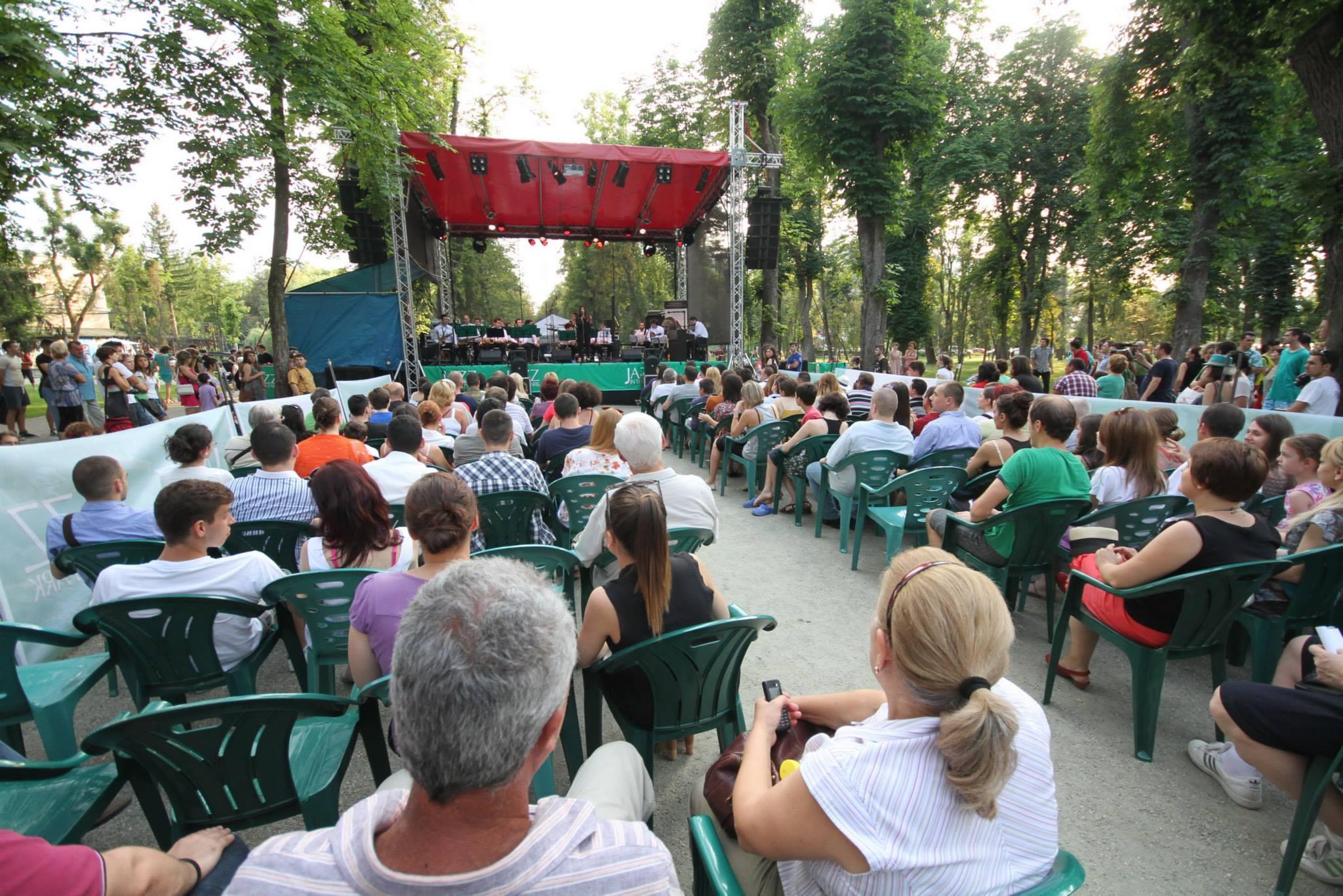 Mergeți la Jazz in the Park? Ce concerte vor fi sâmbătă și la cât începe Marea Hămăceală - FOTO