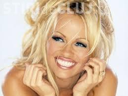 Pamela Anderson e expirată. Vezi ca cine vor să arate femeile acum