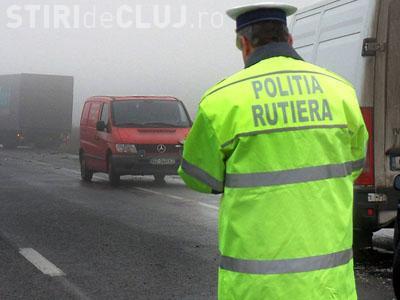 Un clujean de 19 ani și cu permis de 4 luni, prins cu 203 km/h pe Autostrada Transilvania. Ce amendă a primit?
