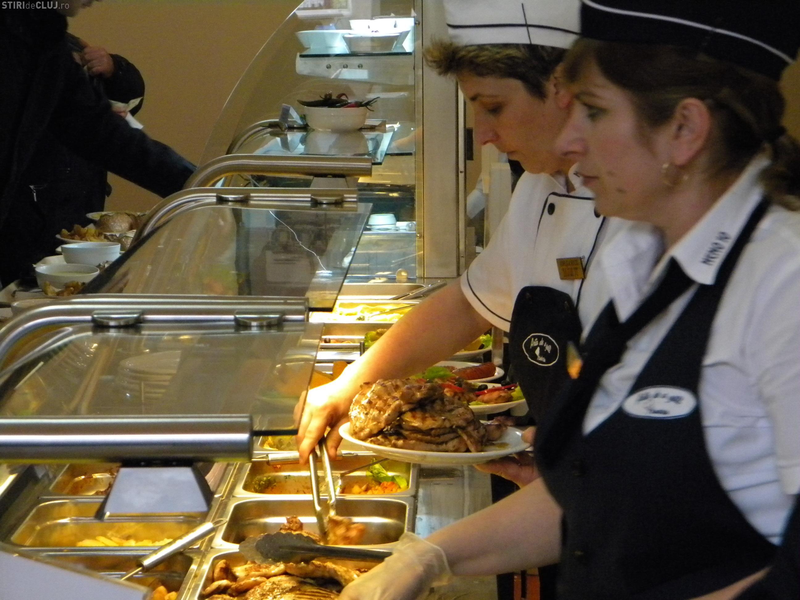 Cantina Primăriei Cluj-Napoca va face catering pentru 1.300 de elevi din oraș