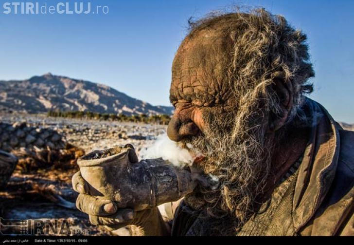 Cum arată bărbatul care nu s-a spălat de 60 de ani - FOTO