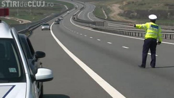 """Un sătmărean """"neliniștit"""" a rămas fără permis pe Autostrada Trasilvania"""