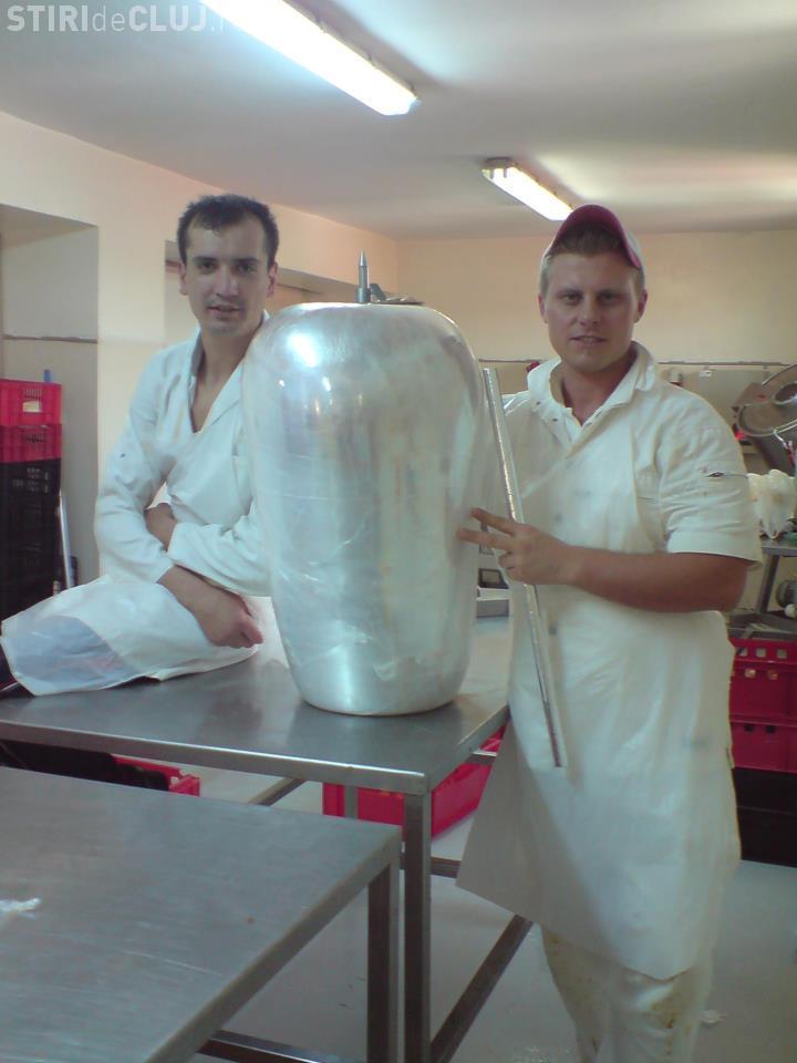 Abatorul Piggy din Cluj vindea carne stricată la toate shaormeriile din Cluj - FOTO