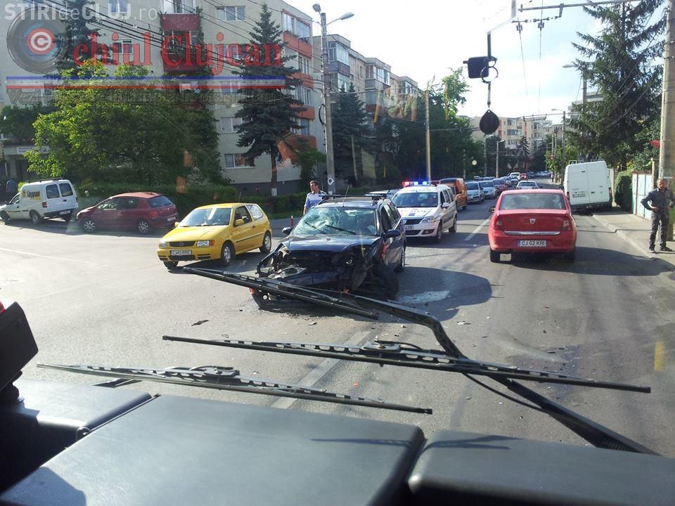 Accident in Manastur la intersecția Câmpului cu Ion Mester FOTO