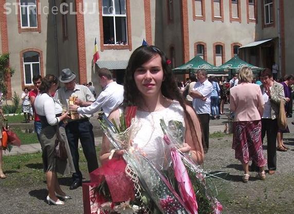Fata din Huedin care a luat ZECE la BAC vrea să emigreze. S-a săturat de sărăcia de la Huedin
