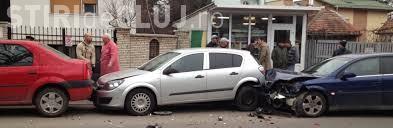 Accident pe Calea Mănăștur! Trei mașini s-au ciocnit din cauza unui șofer