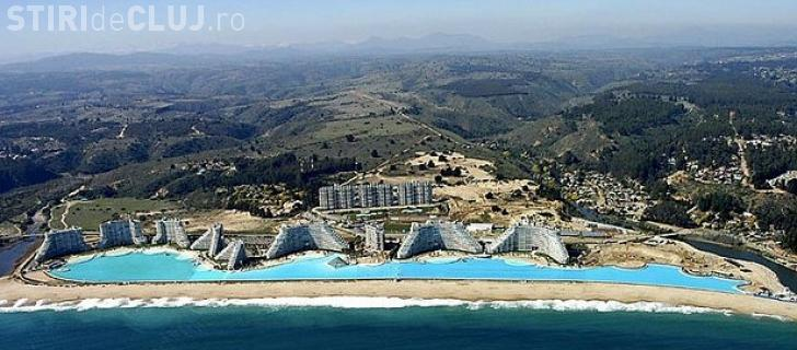 Așa arată cea mai mare piscină din lume! Unde este amplasată? - FOTO