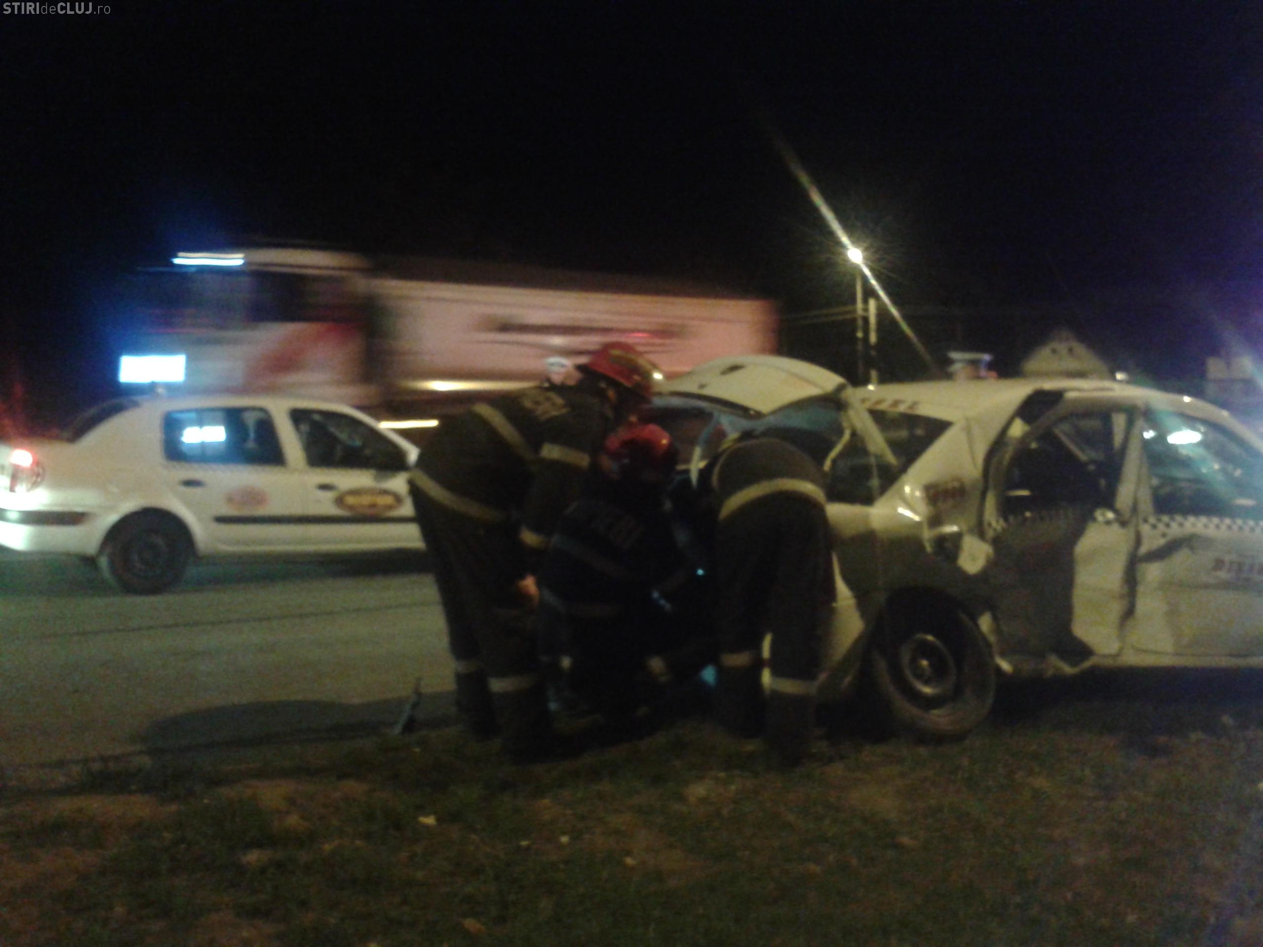 Accident GRAV pe Corneliu Coposu! Un TAXI a făcut PRAF DOUĂ mașini - FOTO și VIDEO
