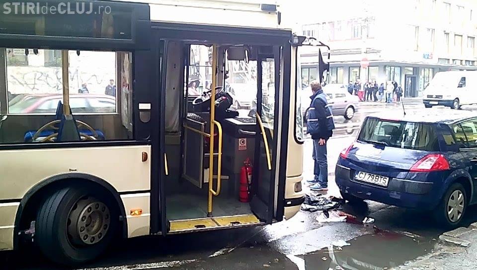 A MURIT pensionarul accidentat pe Horea și la care ambulanța a întârziat 30 de minute