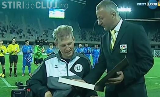 Mihai Neşu a intrat în teren pe Cluj Arena. A fost aplaudat de toată lumea - VIDEO