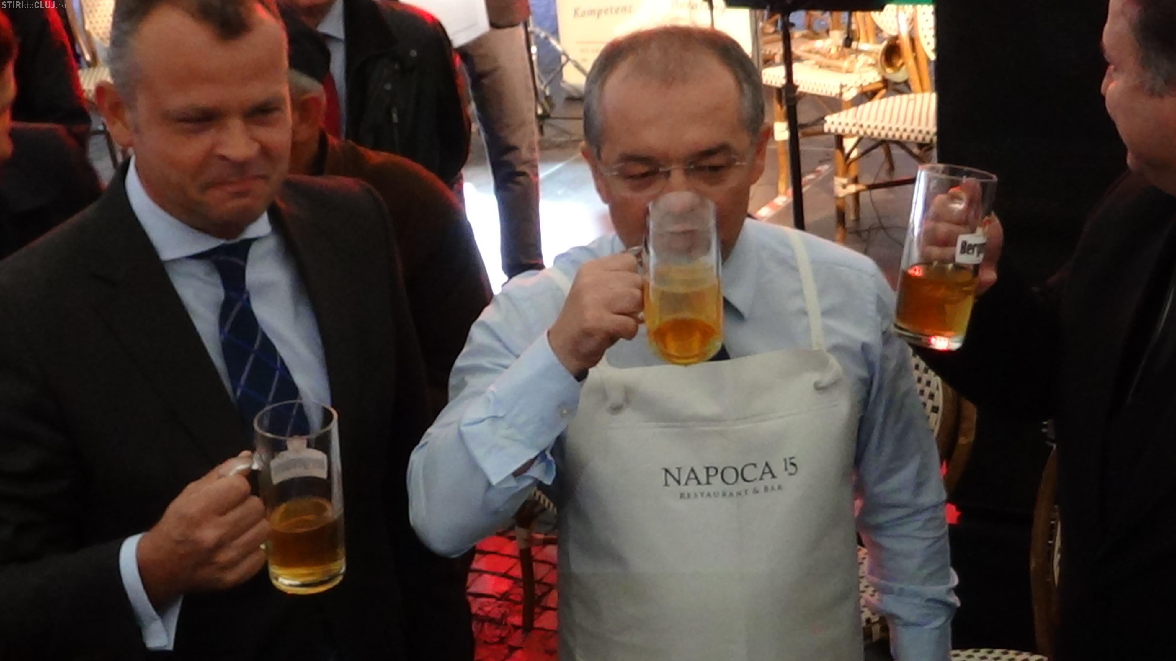 Boc a deschis fără emoții butoiul cu bere de la Festivalul de Toamnă al Economiei Germane - VIDEO