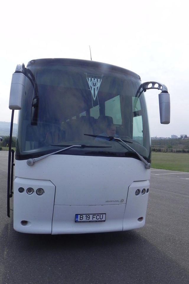 U Cluj are un autocar nou. E complet ALB. Cum l-ați personaliza? - Galerie FOTO