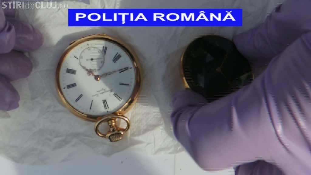 Au SPART o locuință în Gheorgheni, pe Băița, și au furat bijuterii de 50.000 de lei. Cum au fost prinși? - VIDEO