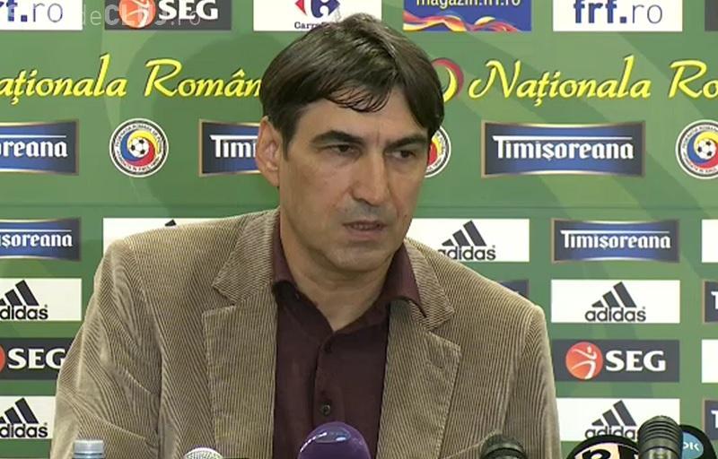 """Reacție stranie a lui Pițurcă la conferința de """"adio"""" de la națională. S-a ridicat și a plecat"""