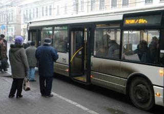 Pensionarii din Cluj trebuie să își ridice abonamentele gratuite