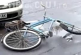 Accident în Baciu, pe strada Magnoliei! Un biciclist beat a intrat pe contrasens