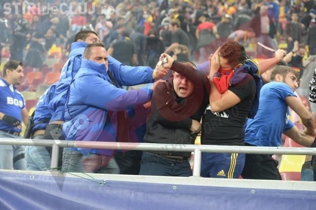 """Suporterii lui """"U"""" Cluj au fost bătuți crunt la meciul România Ungaria. Un bărbat a fost bătut în fața fiicei sale FOTO"""