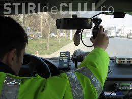Vitezoman prins cu peste 200 km/h pe Autostrada Transilvania. Nu le-a prezentat nici permisul polițiștiilor