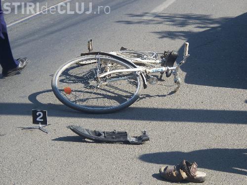 Accident pe strada Câmpului! Un bătrân de 82 de ani a lovit cu mașina un biciclist
