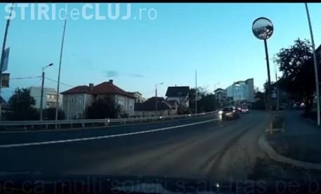 Cum se circulă pe Calea Tuzii, la o lună de la reparații. Un șofer a clujean a realizat un clip de protest VIDEO