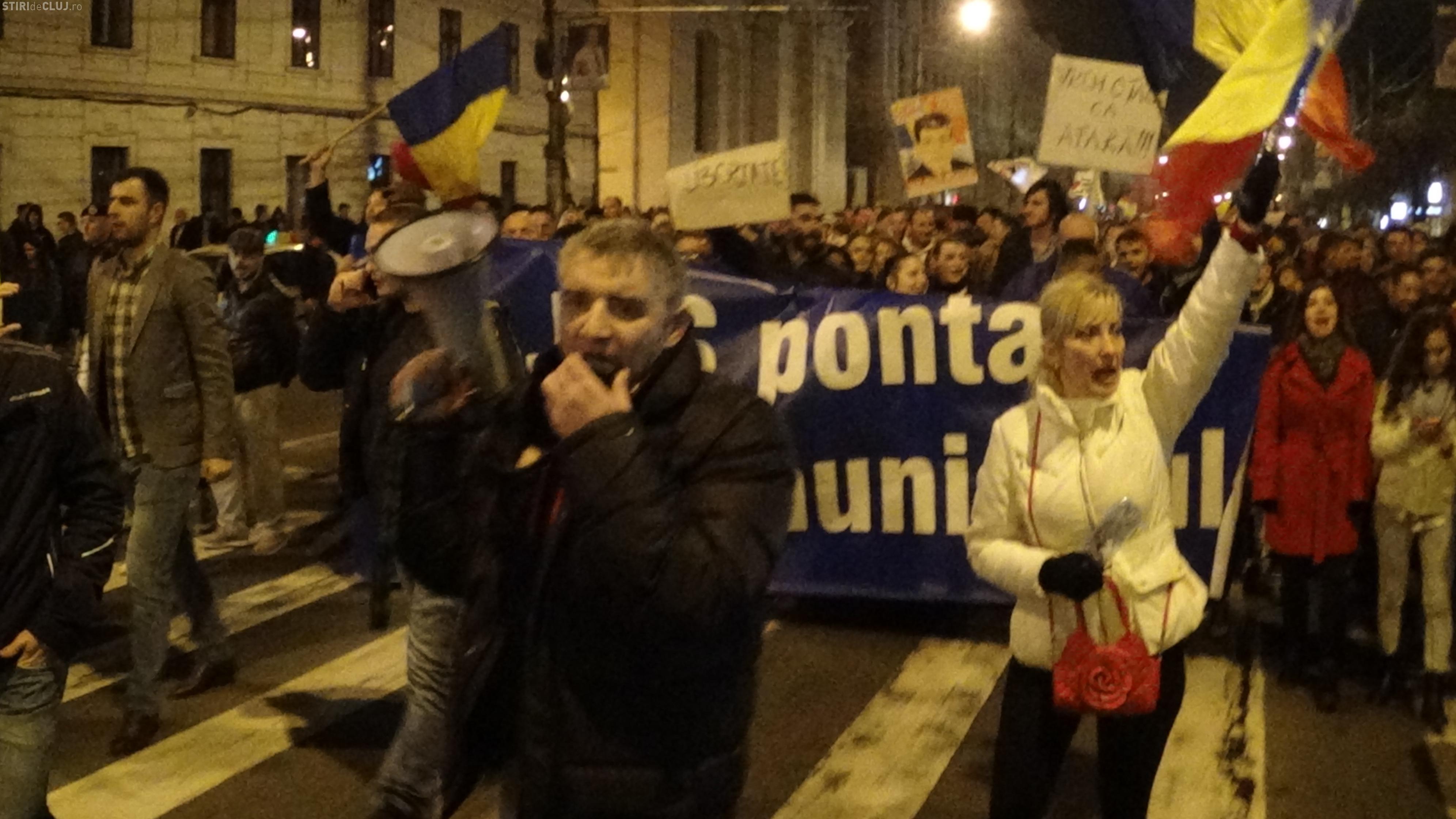 Antena 3 a fost huiduită și la Cluj. Ce s-a SCANDAT? - VIDEO