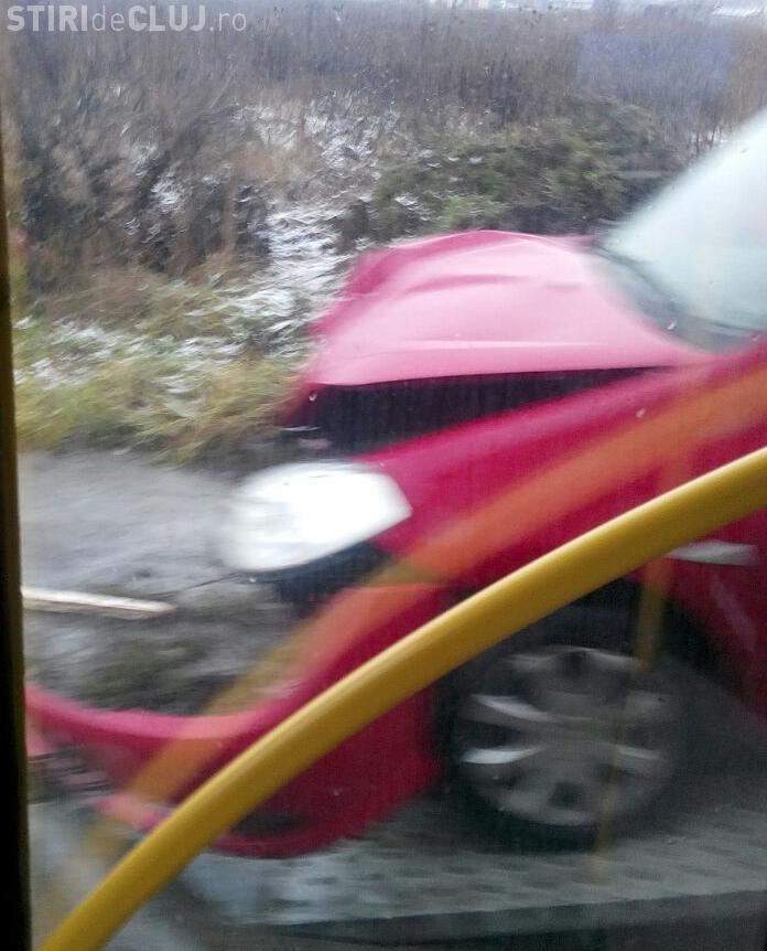 Accident la Polus! Traficul a fost blocat în tot Floreștiul - FOTO