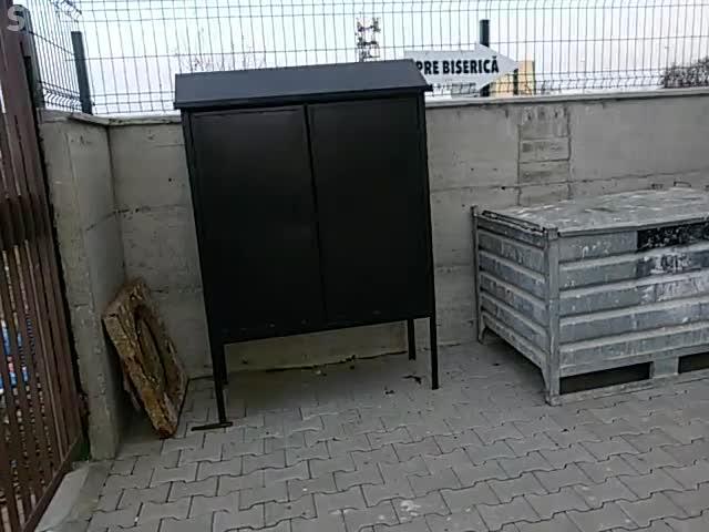 La Cluj-Napoca funcționează o biserică într-un garaj - VIDEO