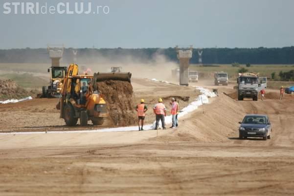 Accident mortal pe șantierul Autostrăzii Turda - Sebeș. Un panou de 1,5 tone s-a prăbușit