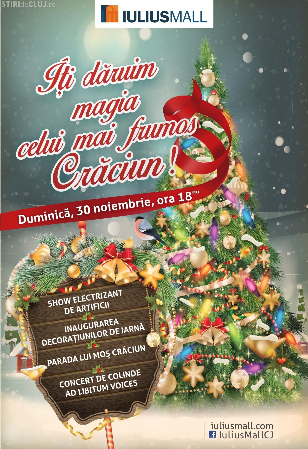 Moș Crăciun îi plimbă pe copii cu trenulețul la Iulius Mall. Vezi ce spectacole vor mai avea loc