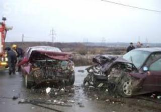 Accident cu două victime în Someșeni. Un șofer a pierdut controlul asupra volanului