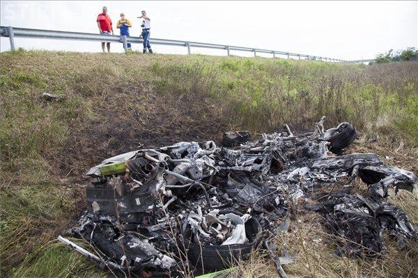 Accident cu Lamborghini, la 320 km/h, surprins în imagini. Mașina a fost distrusă complet VIDEO