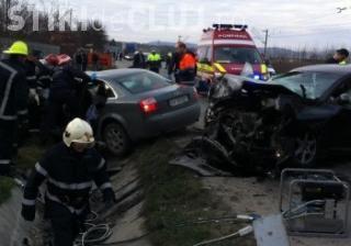 """Accident pe centura Vâlcele - Apahida cu cinci victime! Un șofer """"kamikaze"""" a ieșit glonț în fața unei mașini"""