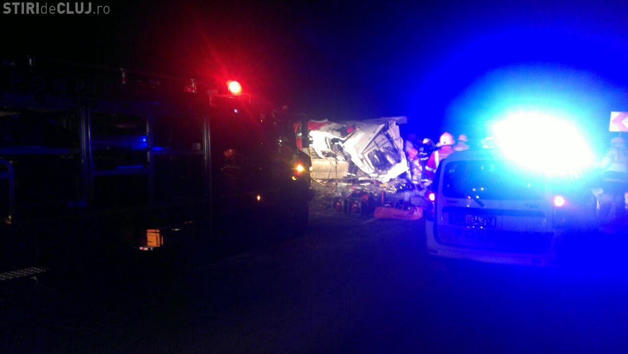Accident pe Dealul Feleacului, în Curba Morții! Șoferul unui TIR a murit sub ochii logodnicei - FOTO