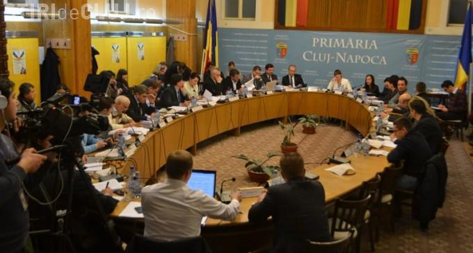 """Referendumul de schimbare a denumirii municipiului Cluj-Napoca """"ucis"""" din fașă. Au fost consilieri de altă părere"""