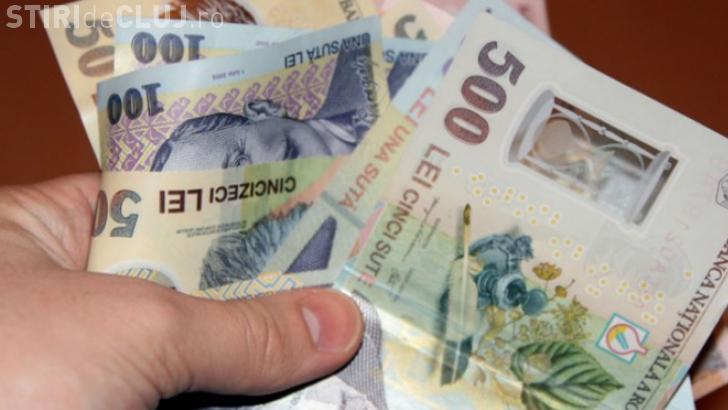 Hoți reținuți de polițiști la Cluj. Au intrat într-un apartament și au furat bani și bunuri de peste 10.000 lei