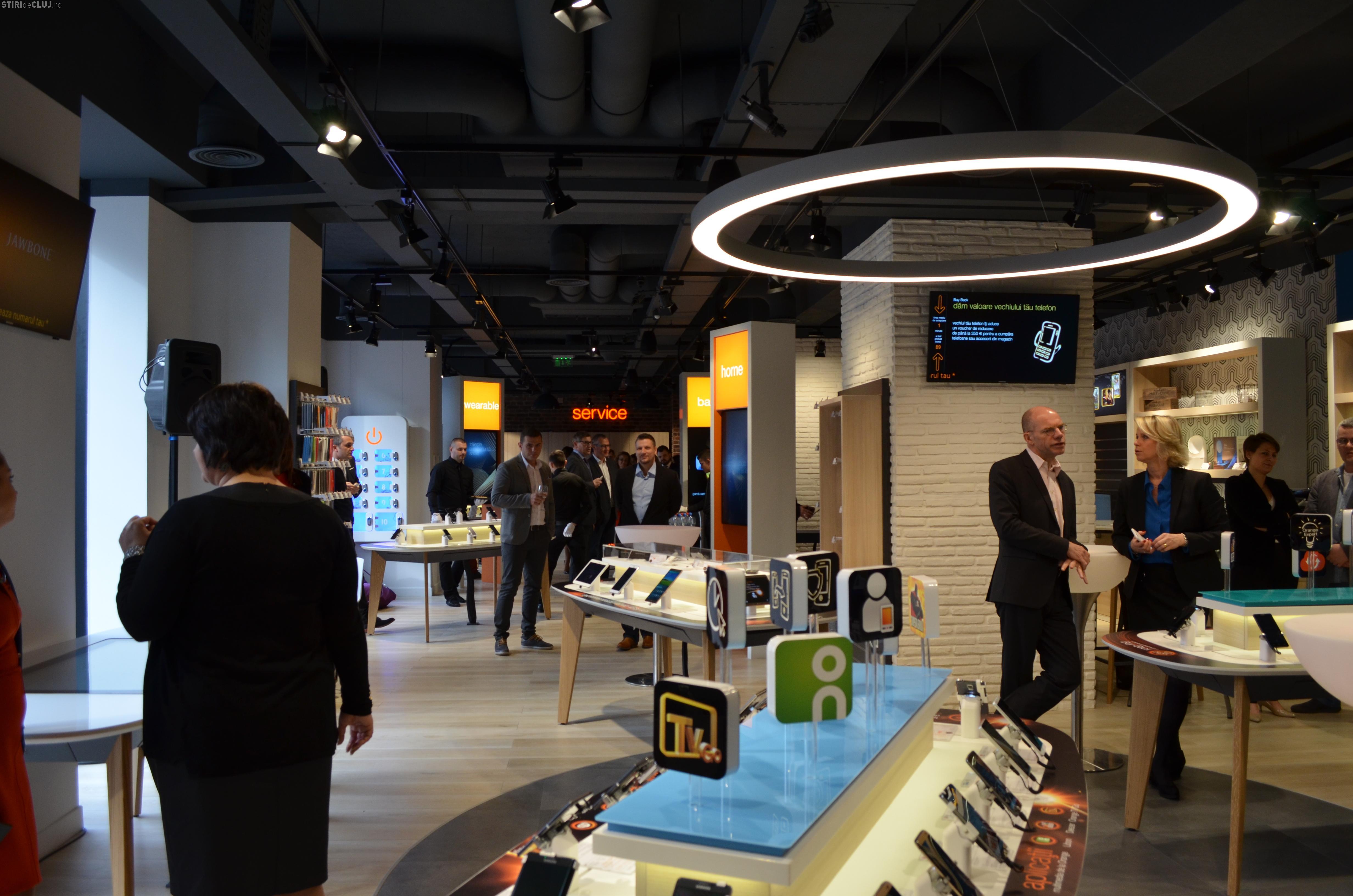 """Primul """"smart shop"""" al companiei Orange, inaugurat la Cluj. De ce ofertă beneficiază clujenii FOTO"""