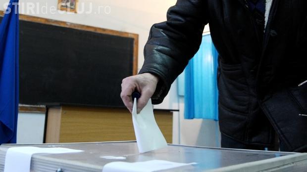 """Pentru că nu mai pot """"mulge"""" de la firme, parlamentarii au votat: Campaniile electorale vor fi finanţate de la bugetul de stat"""