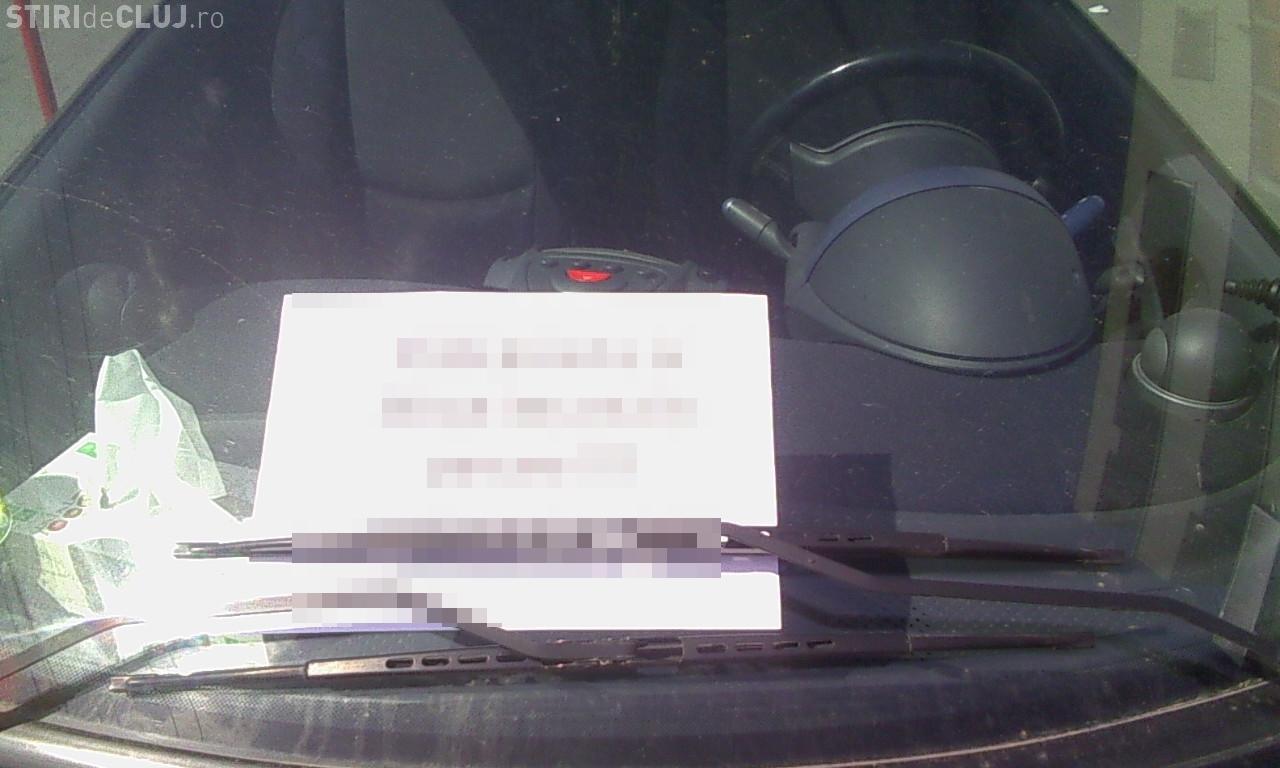 O clujeancă începătoare a BLOCAT o parcare întreagă. Ce mesaj OBSCEN a primit pe bord - FOTO