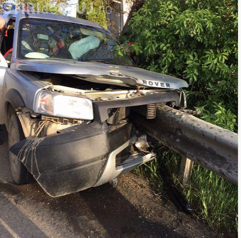 Accident sinistru: Doi clujeni au murit după ce o bară de metal le-a străpuns maşina - VIDEO