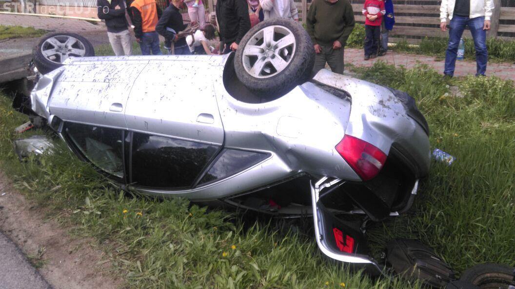Accident teribil, la ieșire din Gilău! O femeie a murit, iar alte două persoane au fost rănite FOTO