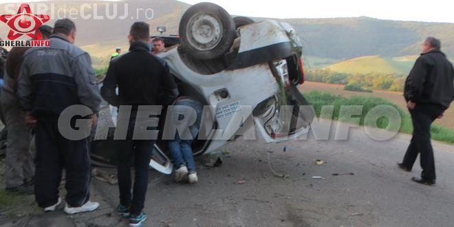 Taximetru făcut PRAF, într-un accident la Fizeșu Gherlii. Șoferul a scăpat ca prin minune VIDEO