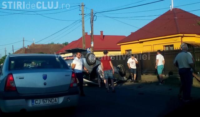Taximetru răsturnat în Florești. O clientă s-a trezit că zboară prin mașină din cauza unui viraj la stânga
