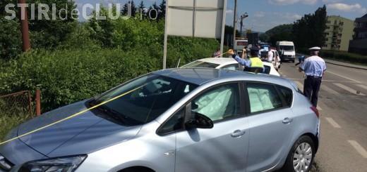 O familie de englezi a ajuns la spital după ce au făcut accident la ieșire din Dej VIDEO