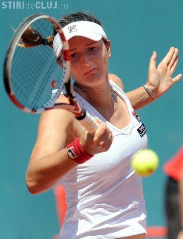 Irina Begu s-a calificat în turul trei la Roland Garros. Și-a spulberat adversara