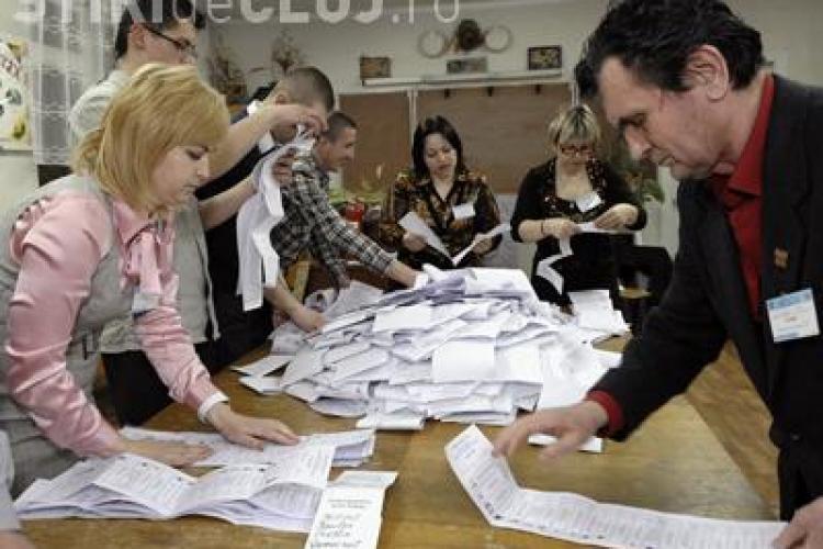 Intre voturile nule au fost gasite 1181 de buletine valabile: 629 in favoarea lui Basescu si 552 pentru Geoana